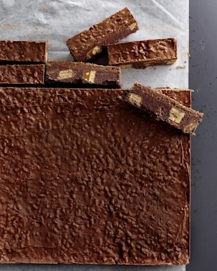 Why get a Girl Scout candy bar when these Chocolate-Candy Icebox Bars are way better?