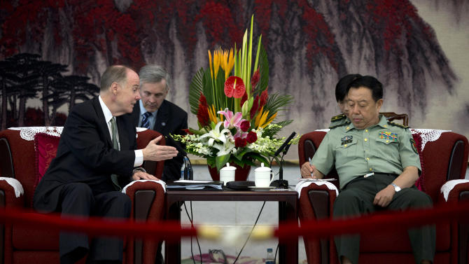 In China, US official promotes military ties