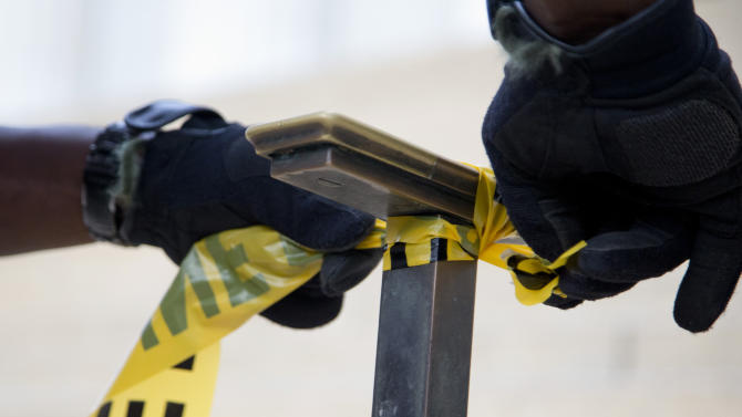 Shutdown leaves thousands in DC area in limbo