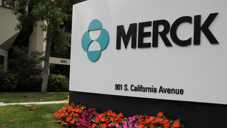 Merck 3Q profit up 2 pct despite sales decline
