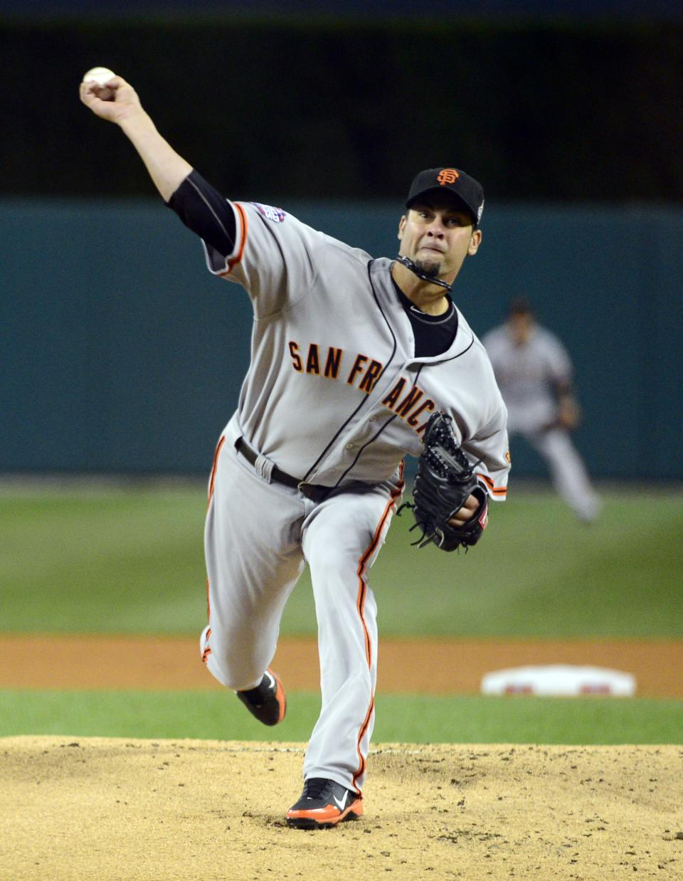 San Francisco Giants starting pitcher Ryan Vogelsong throws during the first inning of Game 3 of baseball's World Series against the Detroit Tigers Saturday, Oct. 27, 2012, in Detroit. (AP Photo/Scott Rovak, Pool)