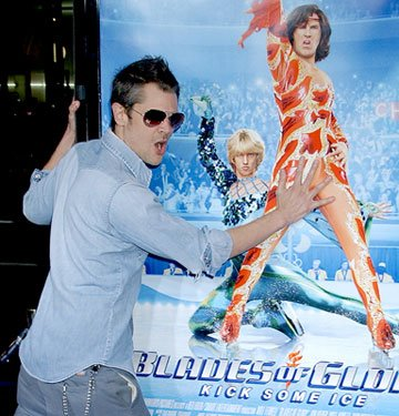 Johnny Knoxville at the Los Angeles premiere of DreamWorks Pictures' Blades of Glory