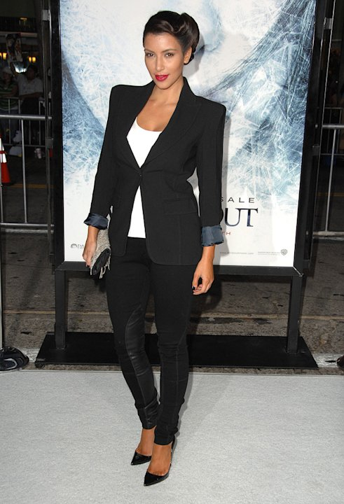 Whiteout LA Premiere 2009 Kim Kardashian