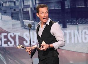 "Matthew McConaughey accepts the award for best supporting male actor for ""Magic Mike"" at the 2013 Film Independent Spirit Awards in Santa Monica"
