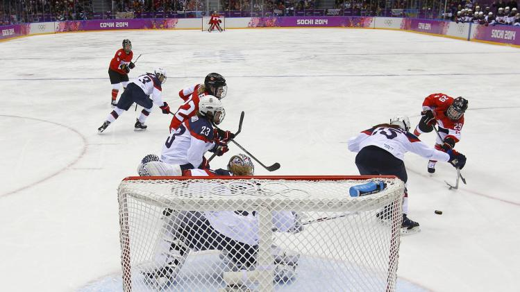 Women's ice hockey final game at the 2014 sochi winter olympic games