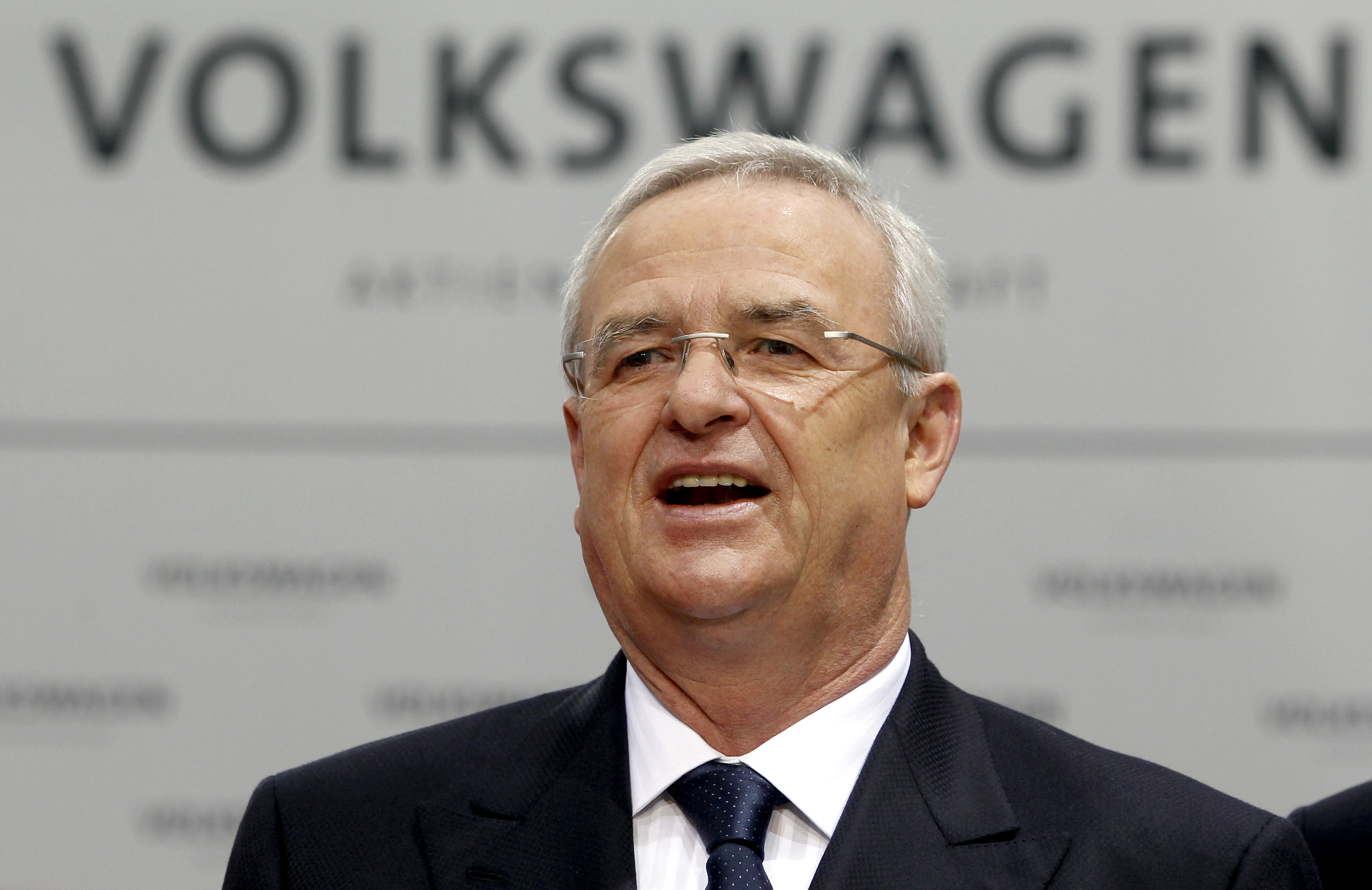 Volkswagen CEO Winterkorn to have contract extended to 2018