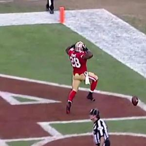 San Francisco running back Carlos Hyde 4-yard touchdown run