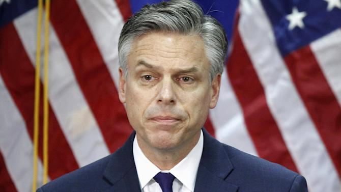 """FILE - In this  Monday, Jan. 16, 2012, file photo, Republican presidential candidate, former Utah Gov. Jon Huntsman, pauses while announcing he is ending his campaign in Myrtle Beach, S.C. Huntsman is joining about a dozen members of Congress on Monday to band together under the """"No Labels"""" alliance that aims to put governing over political orthodoxy. (AP Photo/Charles Dharapak, File)"""