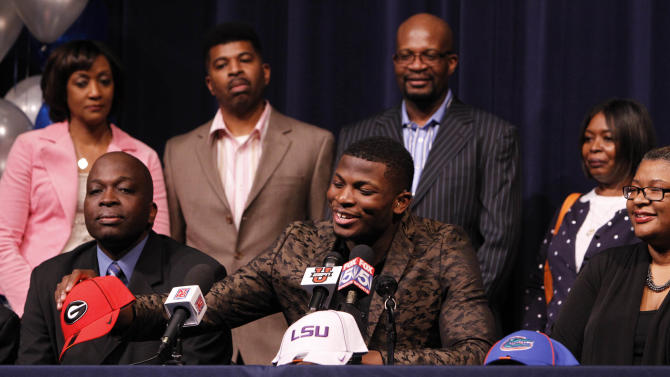 High School Football: National Signing Day-Lorenzo Carter