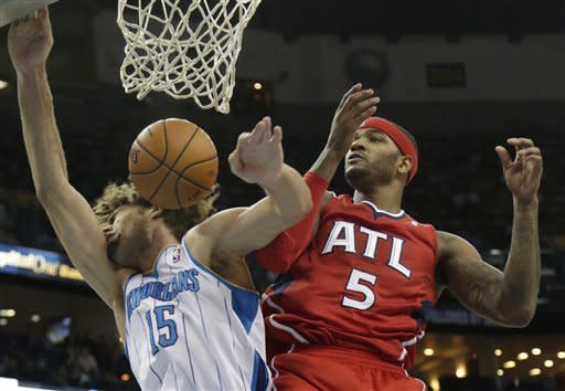 Smith lifts Hawks to 95-86 win over Hornets