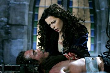 Kate Beckinsale and Will Kemp in Universal's Van Helsing