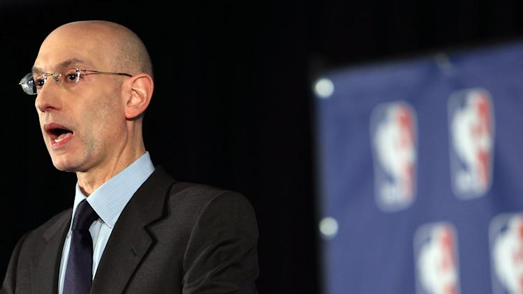 NBA to appoint CEO to supervise Clippers