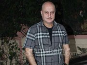 Anupam Kher to direct short film I WENT SHOPPING FOR ROBERT DE NIRO