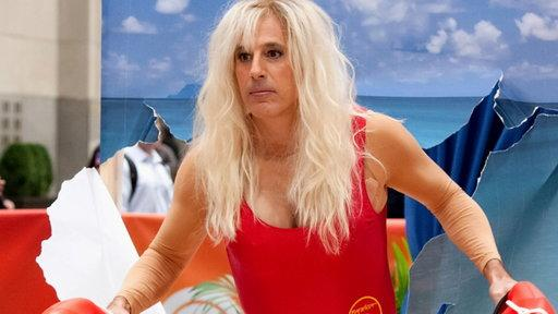 See Matt Lauer in Drag