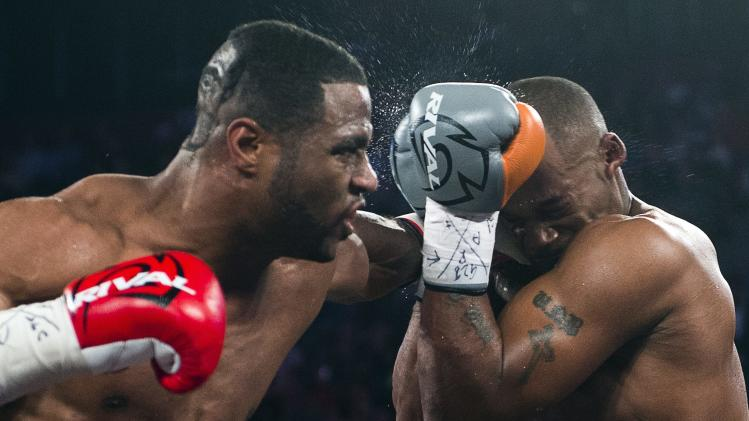 Stevenson stops Cloud to retain WBC title