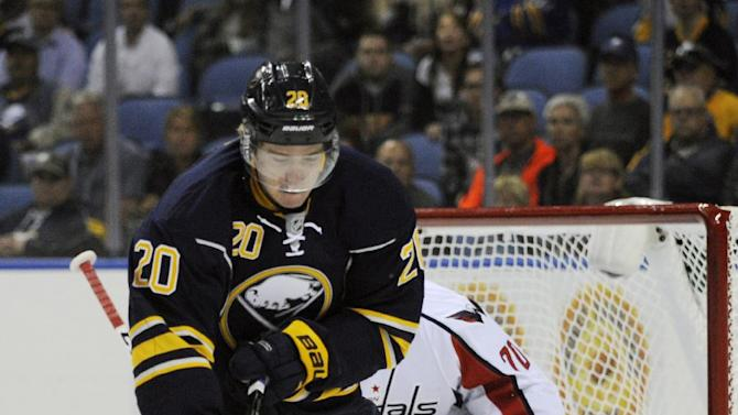 Moulson scores twice, Sabres beat Capitals 6-1