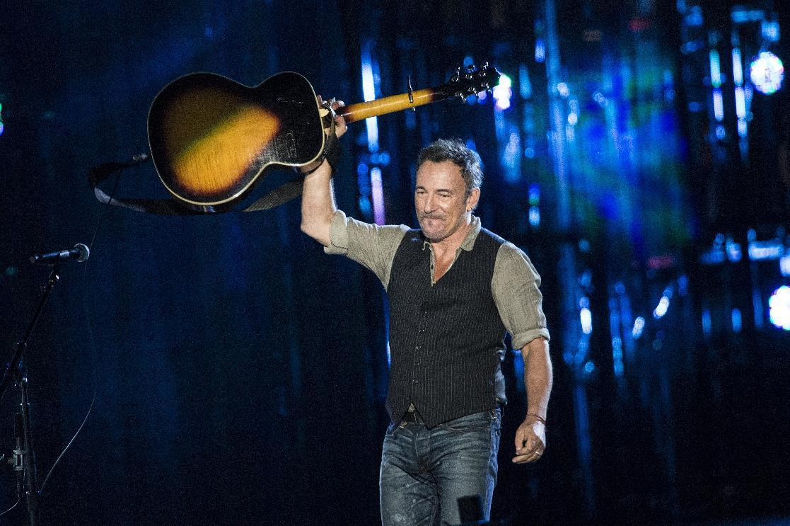 Springsteen to honor The Who on 50th anniversary