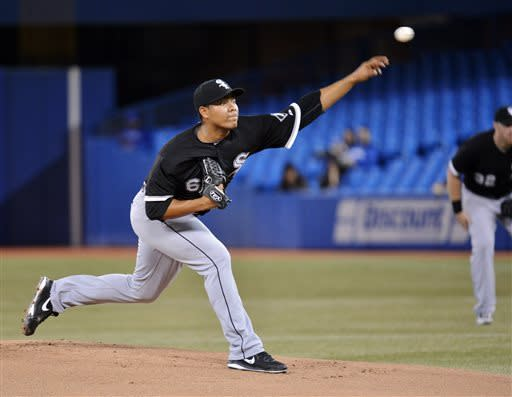 Flowers hits 3-run homer as White Sox top Jays 7-0