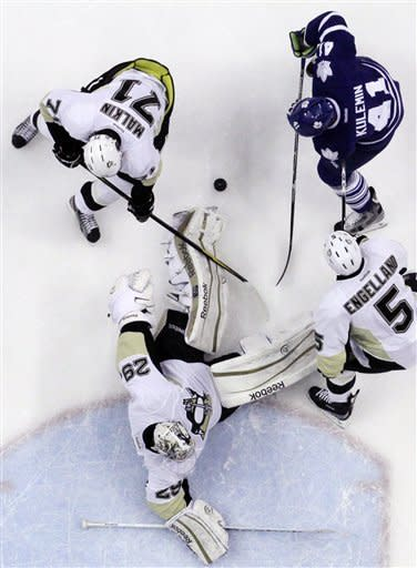 Penguins rally for 5-4 shootout win over Toronto