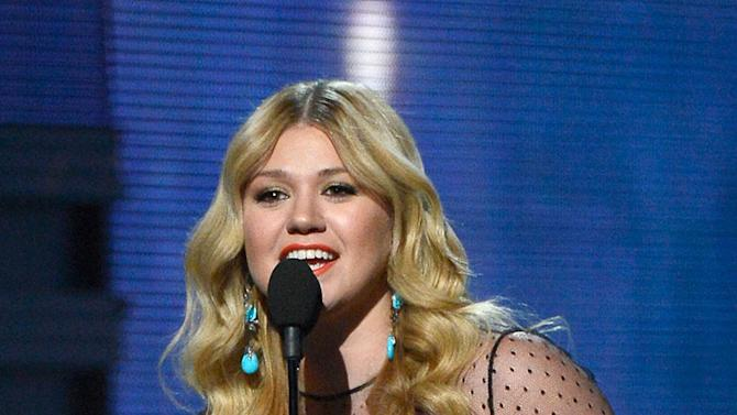 The 55th Annual GRAMMY Awards - Show: Kelly Clarkson