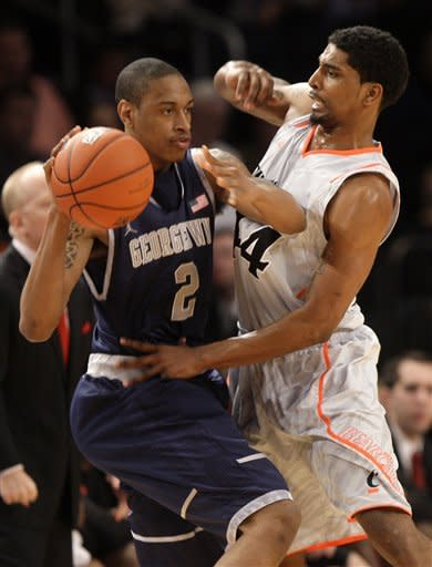 Big East: Cincy beats No. 13 Hoyas 72-70 in 2 OTs