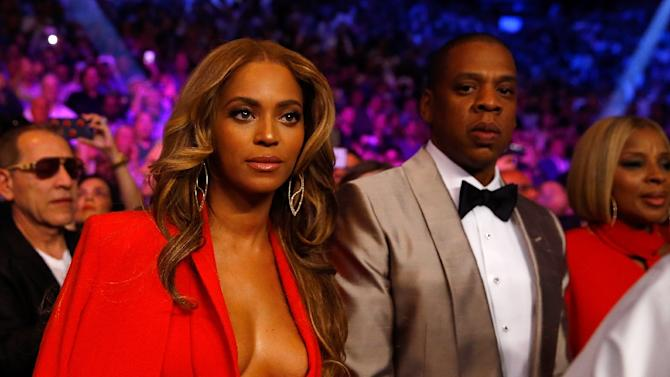 Beyonce Knowles and Jay Z were among many celebrities at the fight