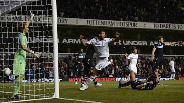 Tottenham Hotspur's Steven Caulker (C) reacts as his goal is disallowed during their Europa League soccer match against Lazio at White Hart Lane in London September 20, 2012 (Reuters)