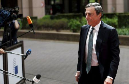 ECB's Draghi urges Europe to reform to brighten dim prospects