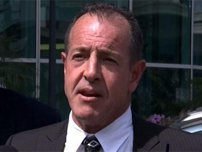 Michael Lohan Confronts Lindsay's Attorney After