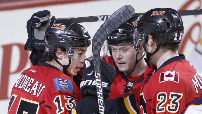 Gaudreau scores twice to lead Flames in 4-1 win over Sabres