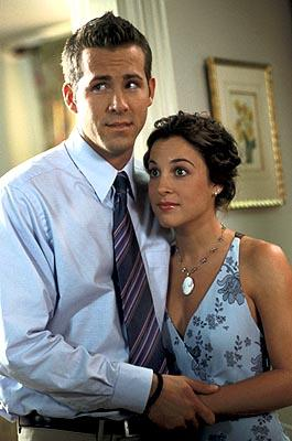Ryan Reynolds and Lindsay Sloane in Warner Bros. The In-Laws