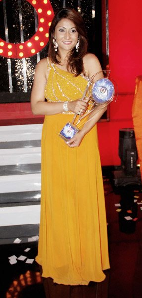 Urvashi wins &amp;#39;Bigg Boss 6&amp;#39;