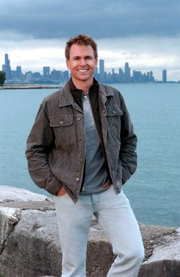 Host Phil Keoghan CBS' The Amazing Race 6