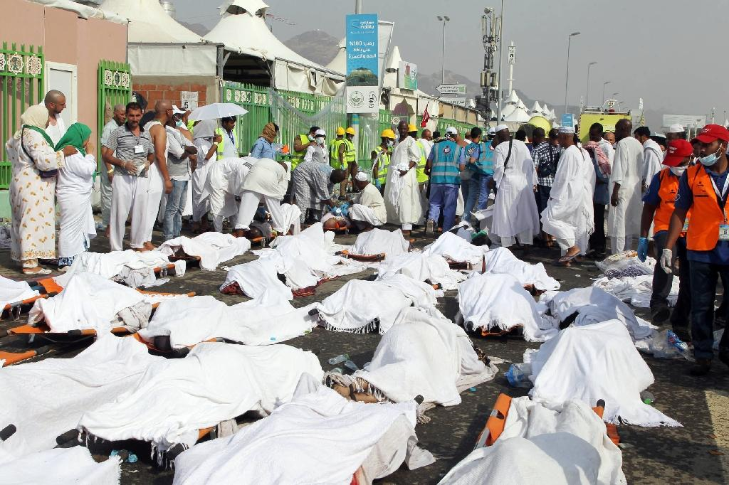 King Salman rejects questioning of Saudi role as hajj organiser