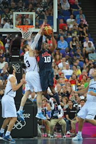 Kobe Bryant shoots against Andres Nocioni (Getty Images)
