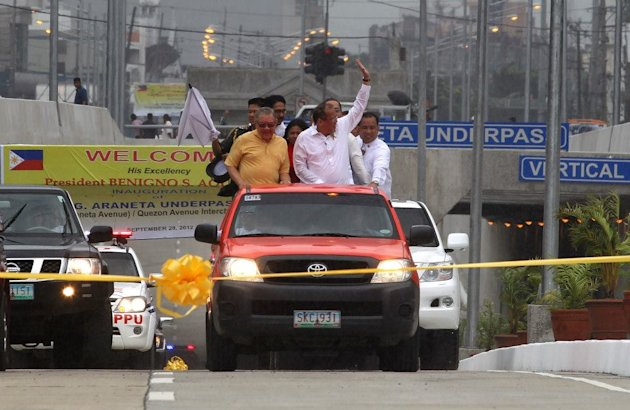 President Benigno S. Aquino III during the opening of the C-3 Road (Araneta Avenue) and Quezon Avenue Interchange Project in Quezon City Friday (Sept. 28). The new interchange is expected to ease traffic along EDSA and improve the level of service of congested roads within the area. (Photo and caption by Malacañang Photo Bureau)
