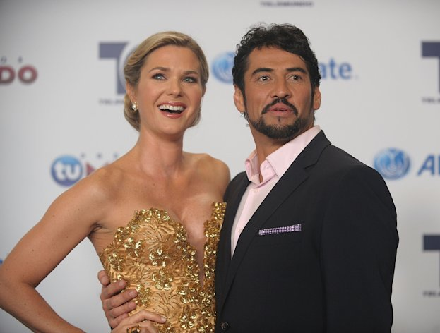 Sonya Smith Y Ricardo Chavez