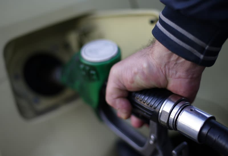 Oil prices fall on market relief over Saudi policy