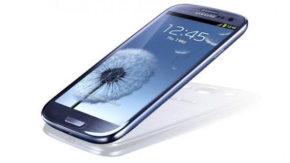 Four-inch Samsung Galaxy S III 'mini' rumored for launch next week