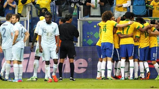 World Cup - Alarm bells ring for France after Brazil defeat
