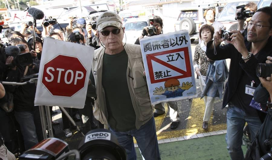 Japan Is Deporting the Star of Dolphin Hunting Documentary 'The Cove'