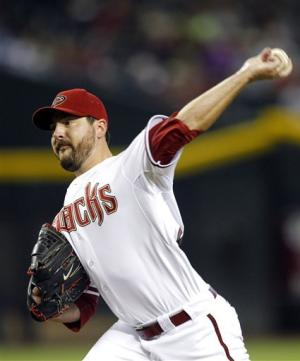 Saunders, Young lead D-backs to win over Rockies