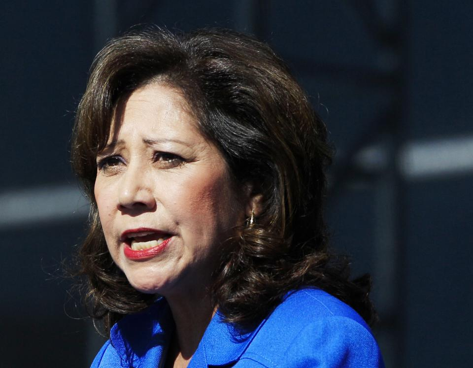 Labor Secretary Hilda Solis resigns