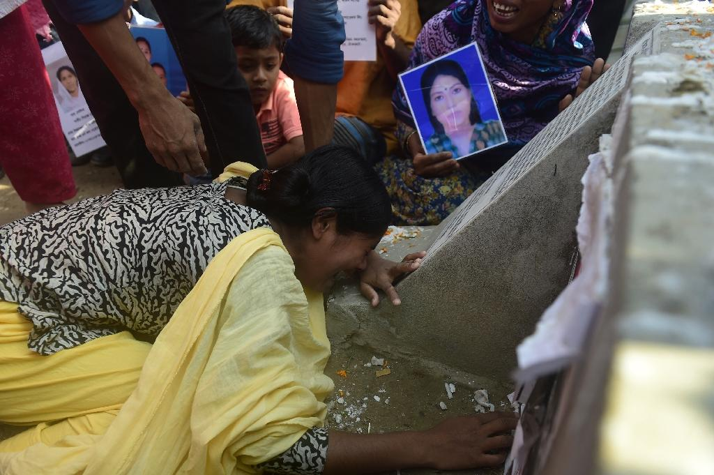 Tears and anger as survivors mark Bangladesh factory disaster