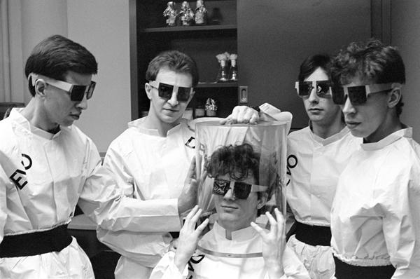 Devo Bandmates Remember Late Drummer Alan Myers
