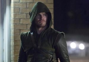 A 'Broken' Arrow in Season 2? Plus: Which Finale Scene Was Deleted for Being Too Revealing?