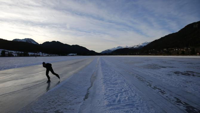 A participant skates during an open run in the Carinthian village of Techendorf