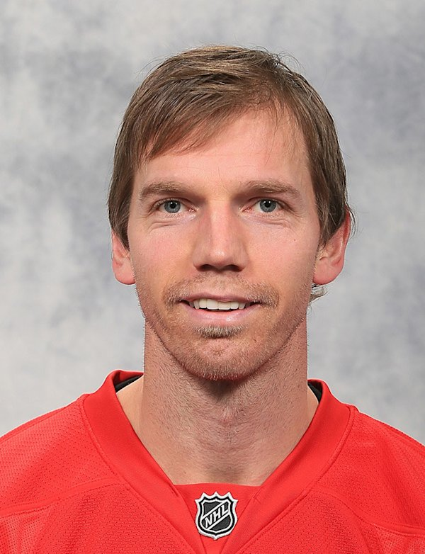 mikael-samuelsson-hockey-headshot-photo.