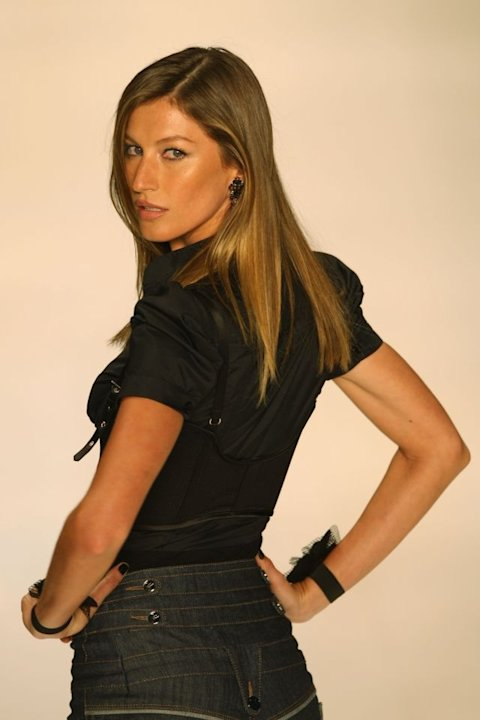 8. GISELE BUNDCHEN