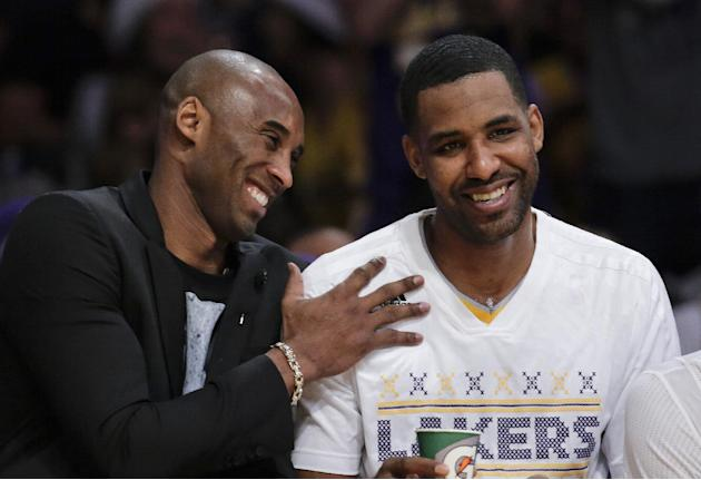 No Kobe on Christmas; says recovery is 'slow'